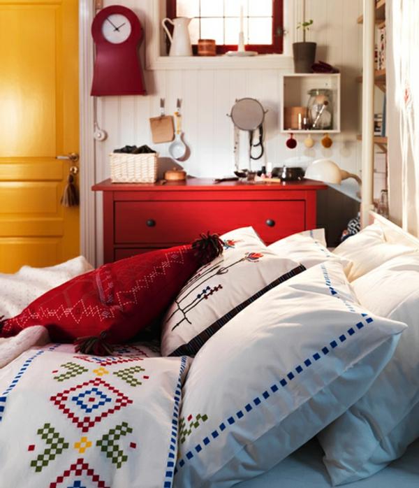 couverture-lit-peiture-coquée-petite-piaule
