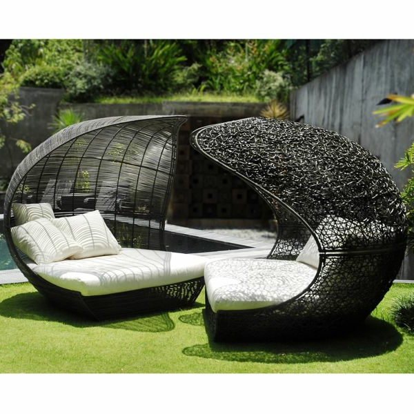 le salon de jardin et le plaisir du choix. Black Bedroom Furniture Sets. Home Design Ideas