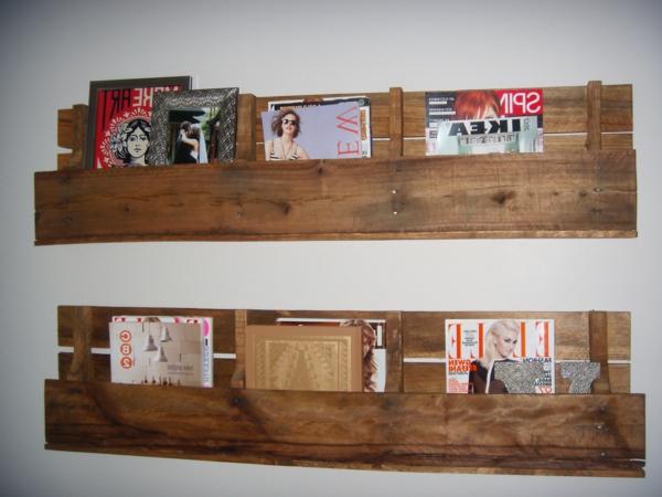 etagere livre palette table de lit a roulettes. Black Bedroom Furniture Sets. Home Design Ideas