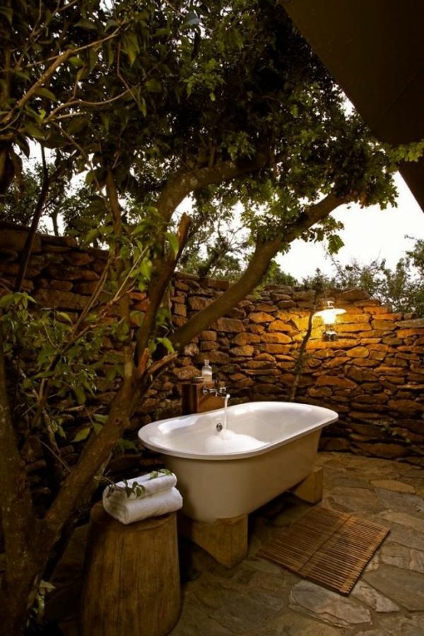 Le mod le de salle de bain ext rieur puret pour l 39 esprit for Bain relaxant maison