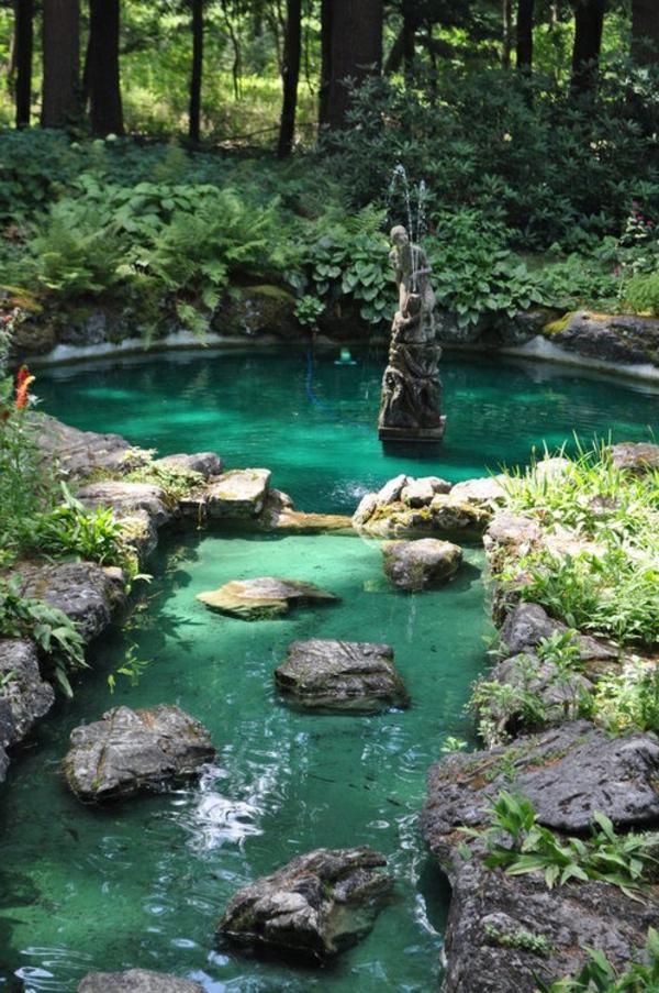 27 id s pour le bassin de jardin pr form hors sol for Eau verte bassin exterieur