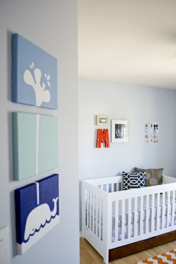 bleu-blanc-chambre-bébé-garçcon