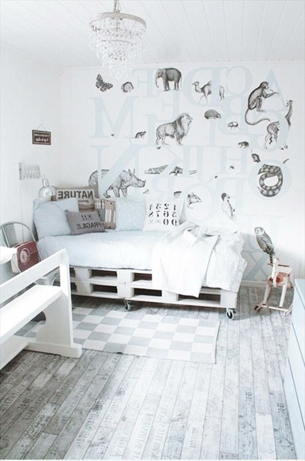 bois-palettes-teinte-en-blanc-et-gris