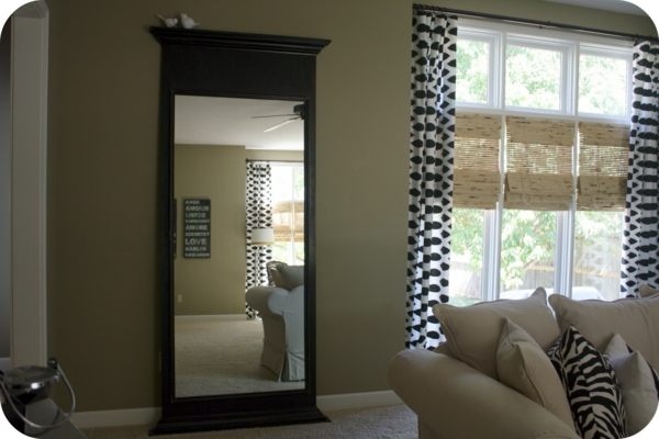 miroir de salon miroir rectangulaire blanc et noir laqu design valencia meuble s jour et salon. Black Bedroom Furniture Sets. Home Design Ideas