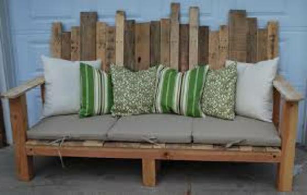 canapee-en-palette-bois-vert-naturele-