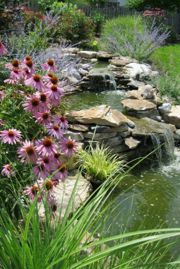 cascade-de-jardin-fleurale