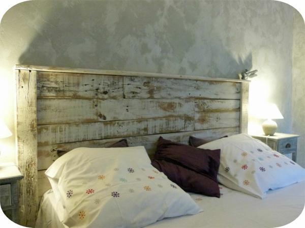 R cup palettes 34 chambres coucher la t te de lit palette for Lit de chambre a coucher