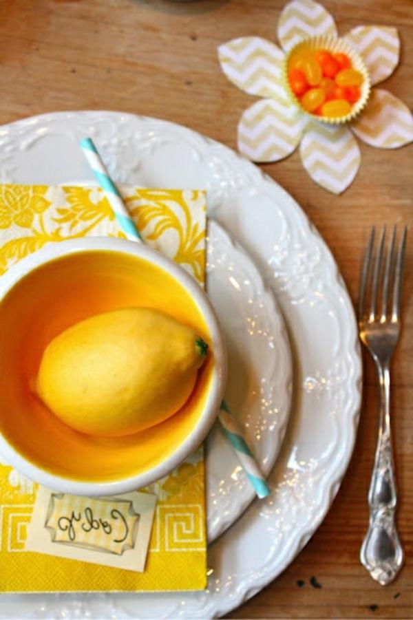 deco-table-jaune-fleurs-frais