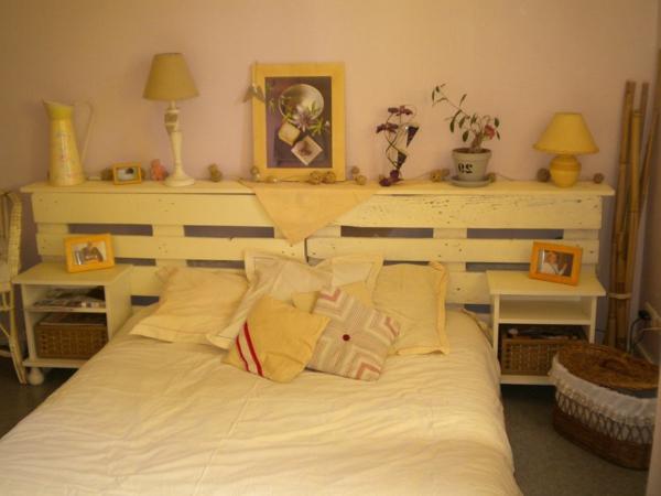 R cup palettes 34 chambres coucher la t te de lit - Fabrication tete de lit en bois ...