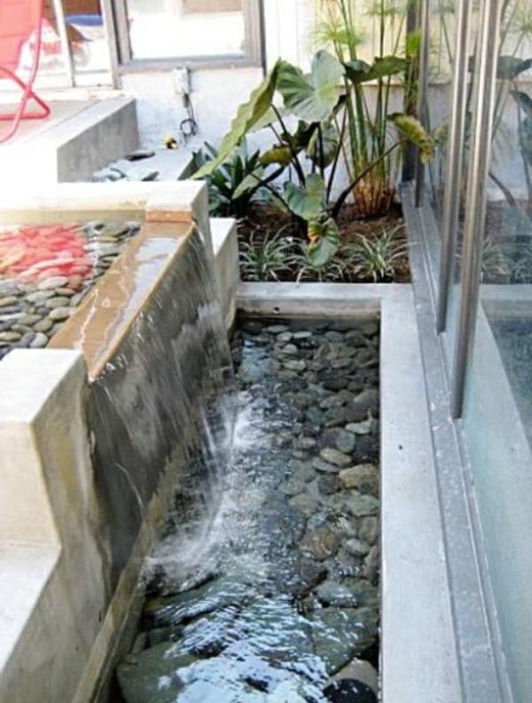 cascade et fontaine de jardin 69 d co pour les moments. Black Bedroom Furniture Sets. Home Design Ideas