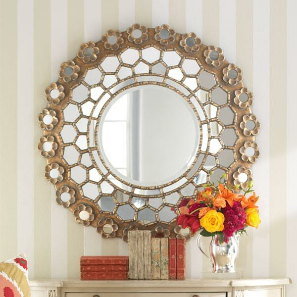 Le grand miroir mural 25 id es pour d 39 arrangement et for Meuble mural classique sims