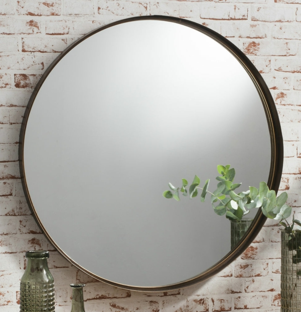 Le grand miroir mural 25 id es pour d 39 arrangement et for Grand miroir rond design