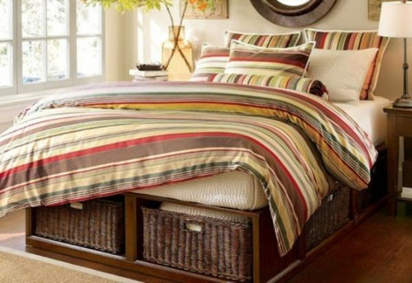 idéés-de-boîtes-de-rangement-sous-le-lit-rotin-coloré-ivoire