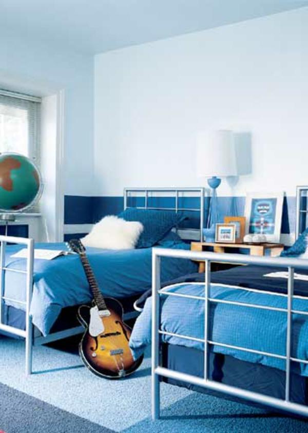 idées-déco- chambre-garçon-bleu