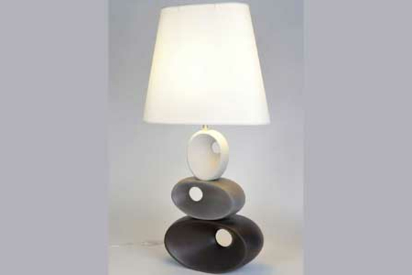 lampe-a-poser-ceramique-tara-laurie-lumiere