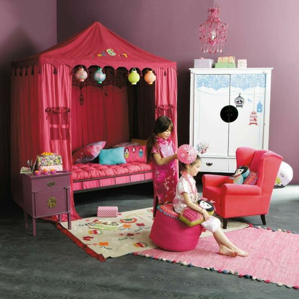 Le lit baldaquin enfant comment faire la d co pour la chambre - Chambre enfant fille pas cher ...