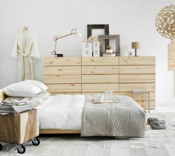 Pouvez prendre un l ment pour la t te de lit palette pour for Housse tete de lit ikea