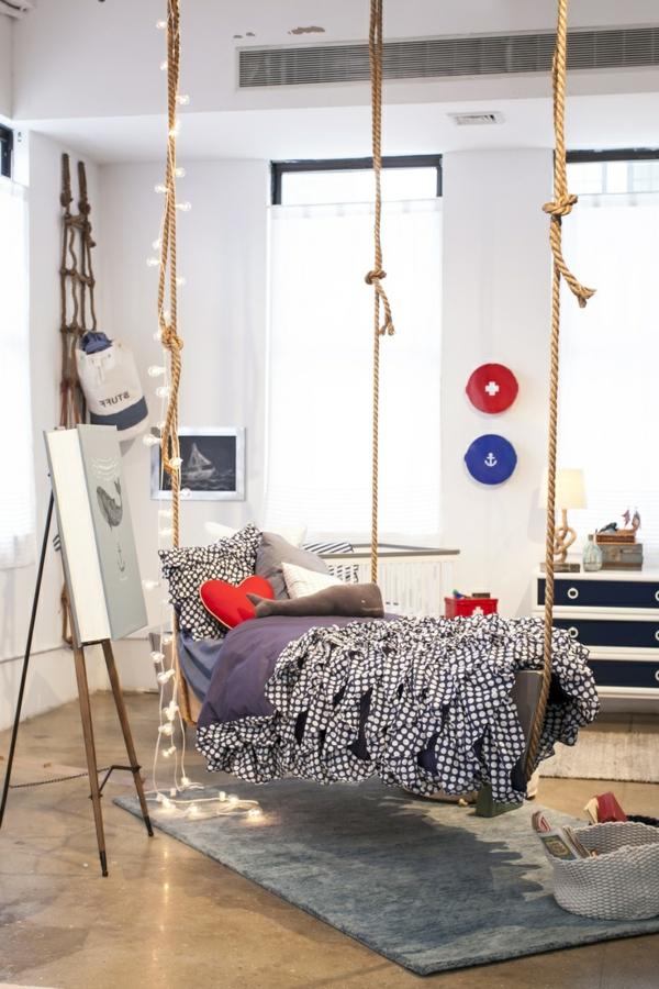 le lit suspendu et ses modifications diff rents. Black Bedroom Furniture Sets. Home Design Ideas