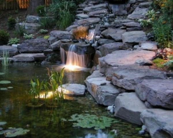 Cascade et fontaine de jardin 69 d co pour les moments for Luminaire pour jardin