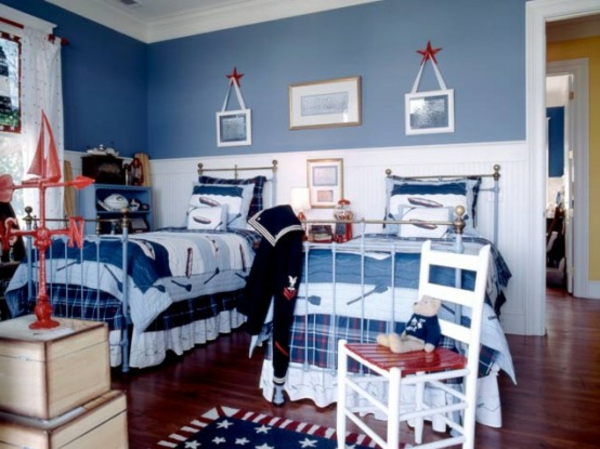 marin-idées-déco- chambre-garçon-bleu-blanc