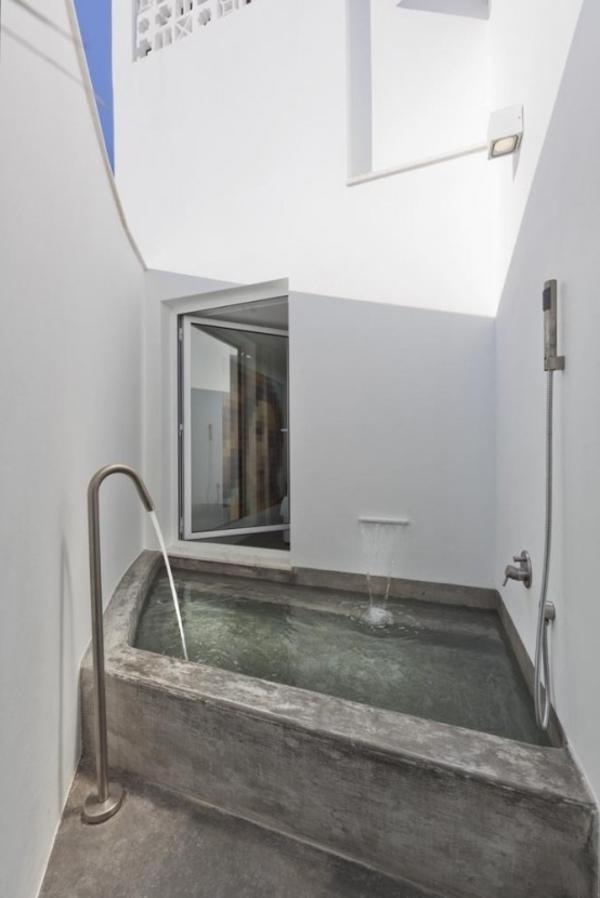 Le mod le de salle de bain ext rieur puret pour l 39 esprit for Salle de bain minimaliste