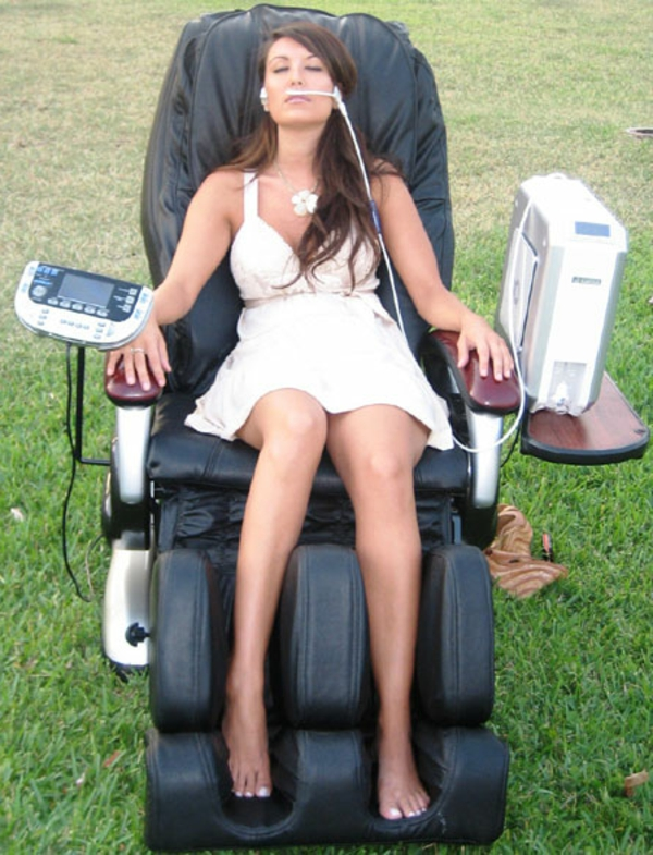 o2-chaise-lounge-cuire-noir-