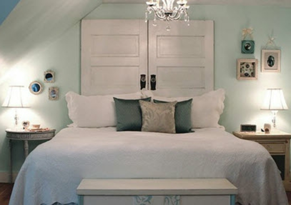 R cup palettes 34 chambres coucher la t te de lit palette for Chambre bois blanc