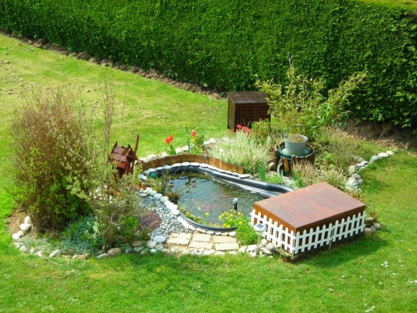 peti-bassin-de-jardin-préformé