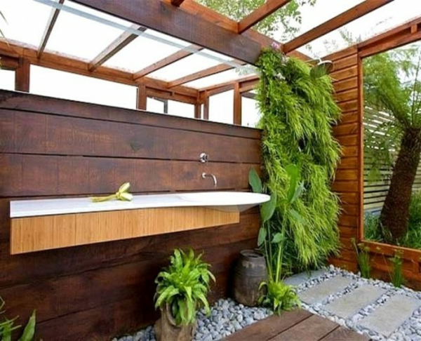 ravissante-salle-de-bain-jardin