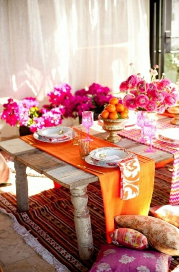-table-rose-orange-nappe
