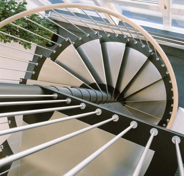 Escalier_helicoidal-intérieur-inox-