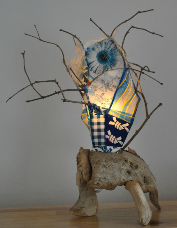 atelier-bertrand-lampe-bois-flotté-branches-et-papier-original