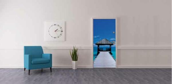minimalist home entry foyer