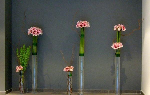 composition-florale-originale-minimaliste