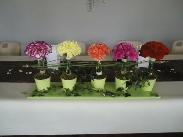 composition-florale-originale-pot-vert