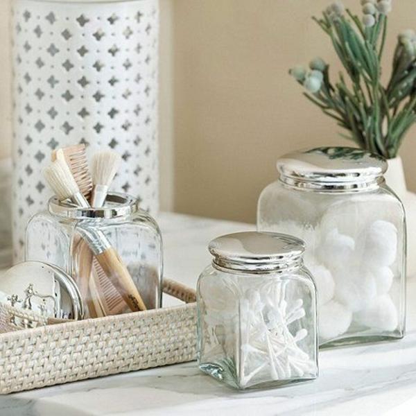 décoration-de-salle-de-bain-blanc-vintage