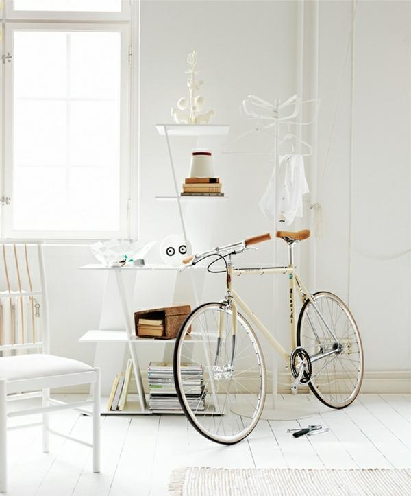 décorer-sa-maison-blanc-arranger-avec-vélo