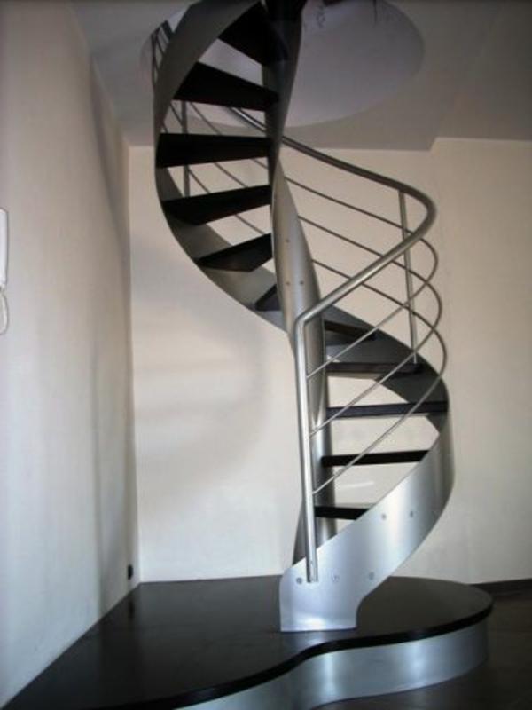 Design d 39 escalier h lico dal - Escalier helicoidal design ...