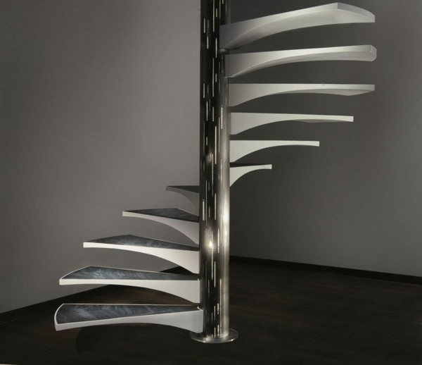 escalier-h-design-original-marches-verre