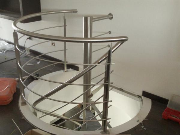 escalier-helicoidal-petit-logement