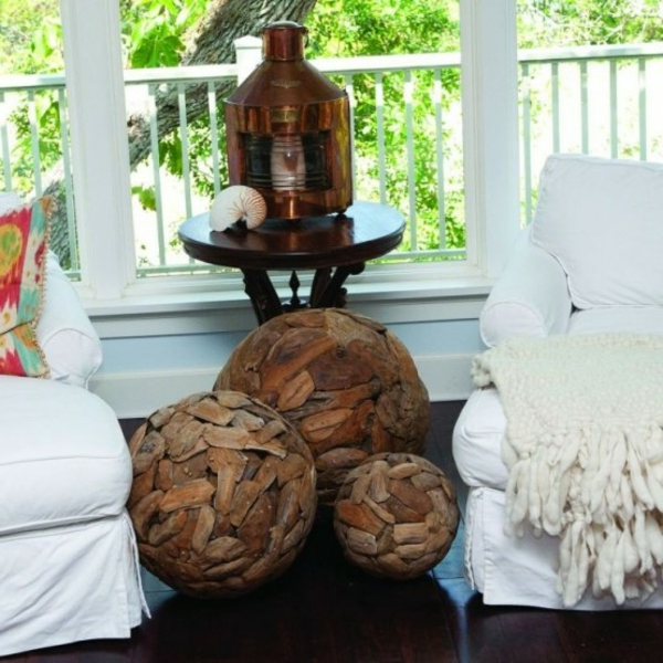 ideas-to-use-driftwood-in-home-decor-36-554x554-resized