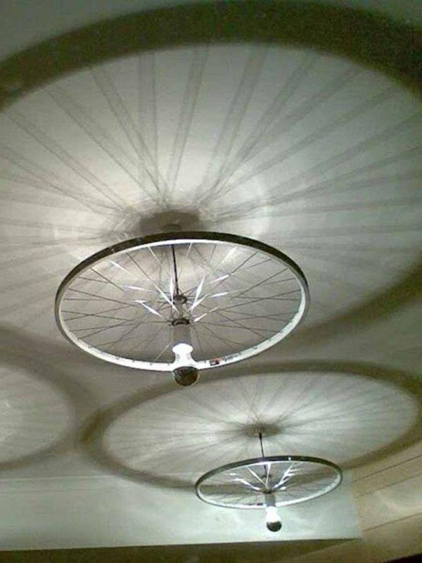 lampadaire-décorer-sa-maison-avec-vélo
