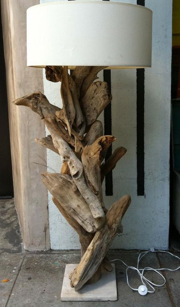 lampadaire-en-bois-naturele
