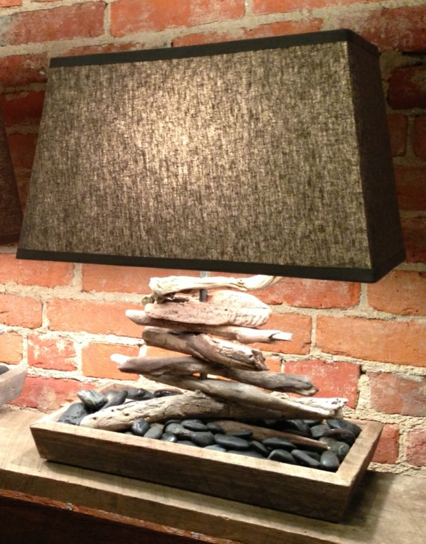 Comment faire une lampe en bois flotté # Faire Du Bois Flotté