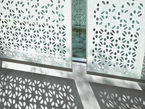 le panneau japonais heytens dans la d coration contemporain. Black Bedroom Furniture Sets. Home Design Ideas