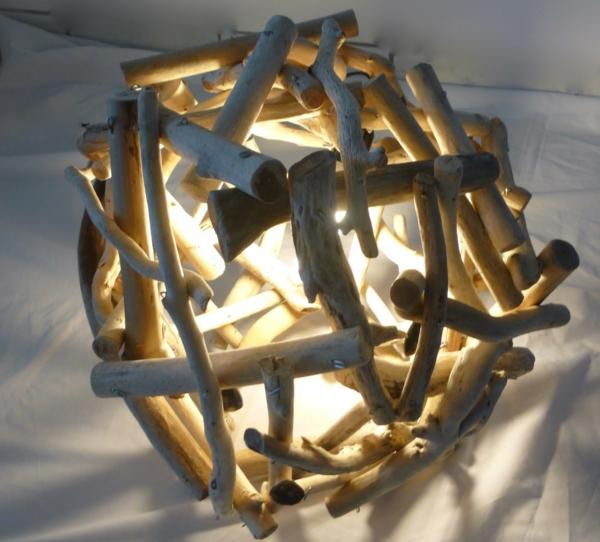 ronde-fabriquer-lampe-bois-flotté