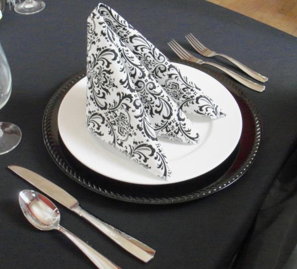 élément-deco-de-table-noir-et-blanc