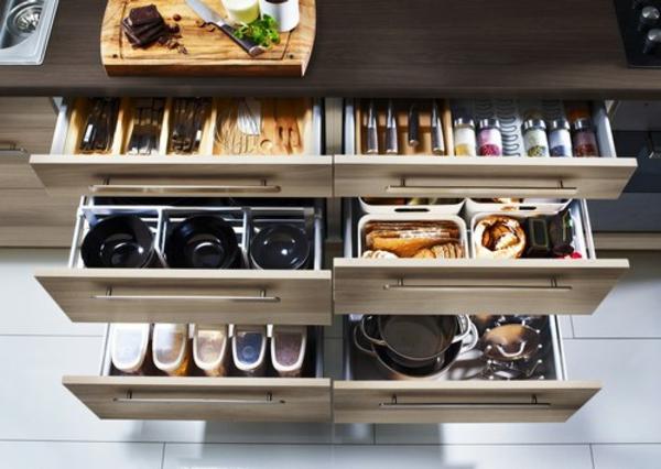 étage-astuce-rangement-cuisine-