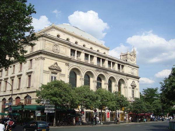 Théâtre_de_la_Ville,_façade-architecture-haussmmannienne