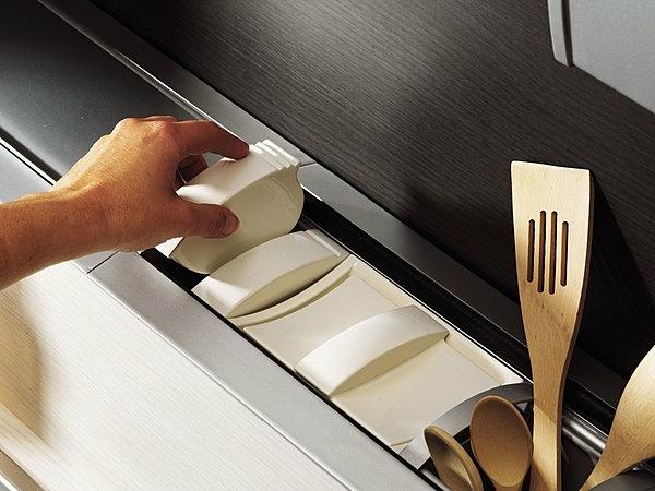 Astuce rangement cuisine comment faire la meilleur for Astuce moucherons cuisine